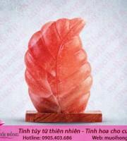 Đèn đá muối hình chiếc lá