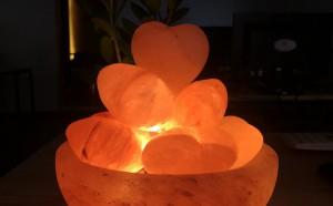 Ai cần mua đèn cối đá muối liên hệ Muối Hồng Group nhé!