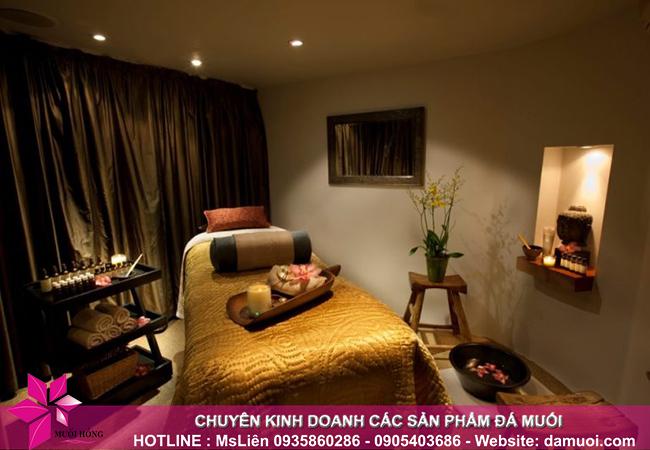 hưởng thụ không gian spa ngay tại nhà với giường massage đá muối 1