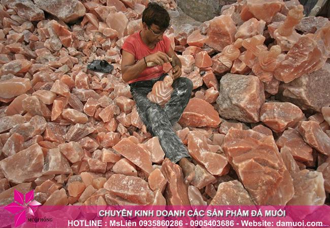 hình ảnh khai thác đá muối himalaya tại mỏ đá kherwa của pakistan 11
