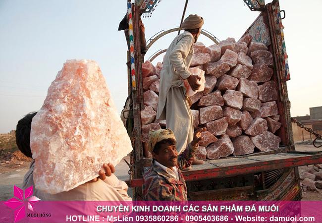 hình ảnh khai thác đá muối himalaya tại mỏ đá kherwa của pakistan 7