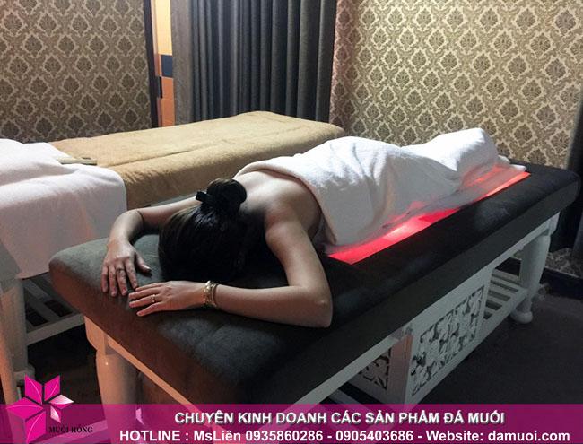 cung cấp giường đá muối chất lượng cho các spa 2