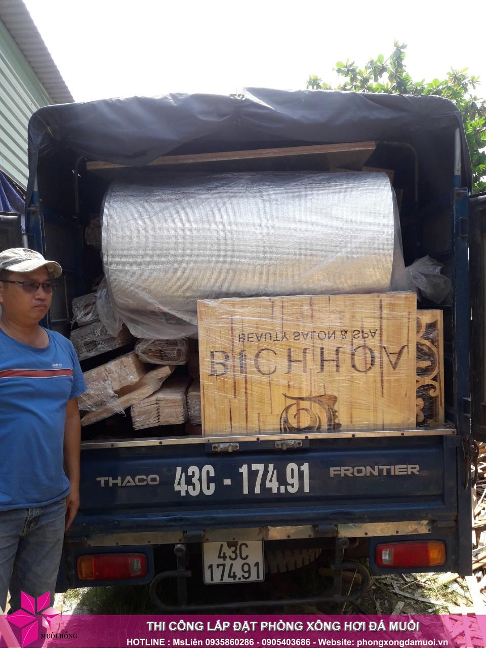 chuyến xe chở nguyên vật liệu công trình spa jjimjilbang cẩm phả đã lăn bánh 8