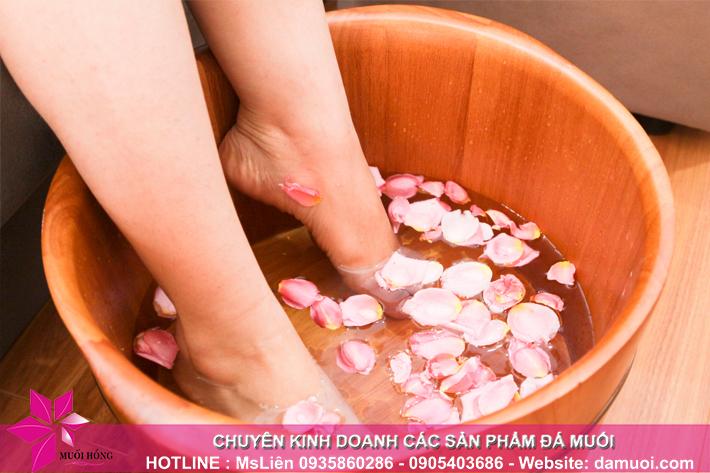 lieu trinh ngam chan da muoi va massage foot 2