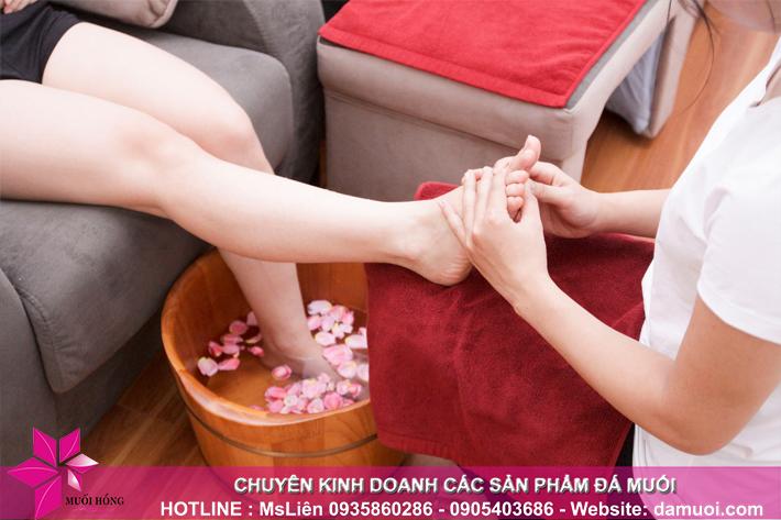 lieu trinh ngam chan da muoi va massage foot 4